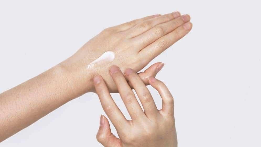 Pyunkang Yul Skin Barriers Professional Hand Cream 4